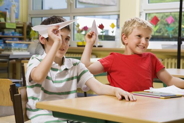 essays on how to behave in a classroom